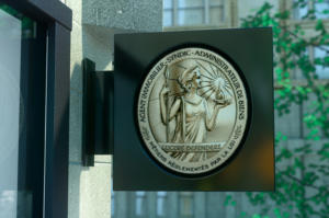 L'insigne Vesta pour les titulaires d'une carte professionnelle immobilière