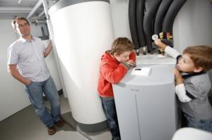 Les pompes à chaleur et climatiseurs doivent être entretenus tous les deux ans